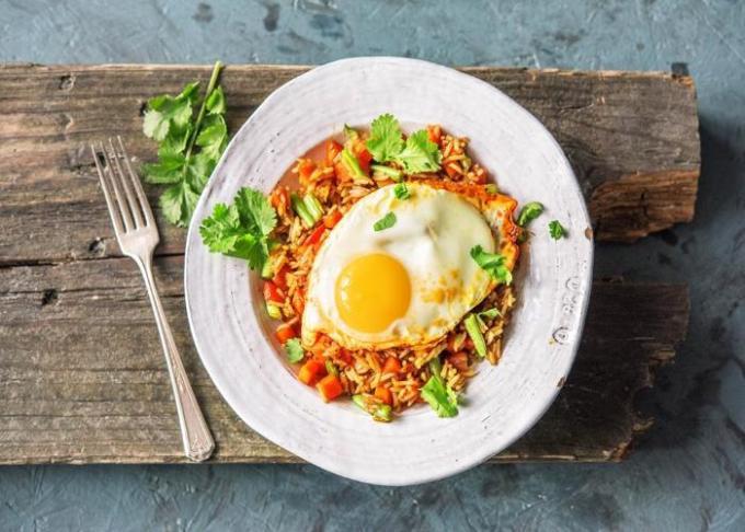 cara membuat dan resep nasi goreng telur