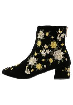 https://fr.zalando.be/topshop-blossom-bottines-tp711n04i-e11.html