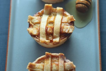 Mini honeyed pumpkin pies