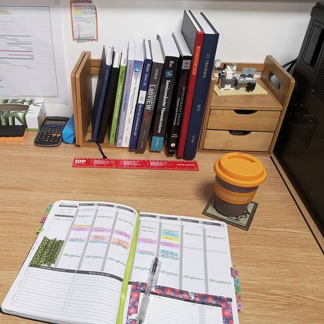 Organized PhD student: a photo of a weekly schedule