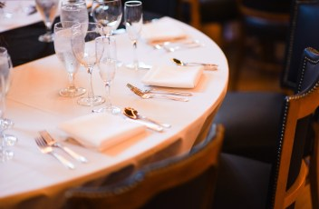 fine-dining-2749512_1920