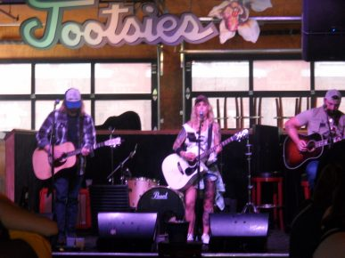 Honky tonk district, Tootsies