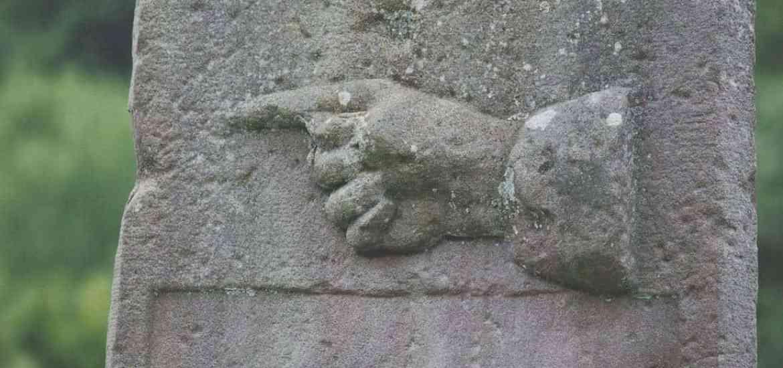 Pointing finger, France (2014-07)