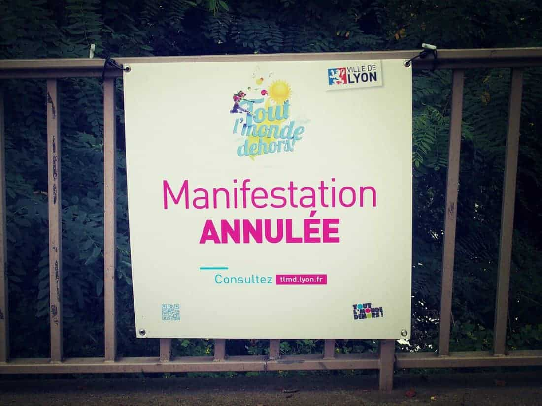 Manifestation annulee sign, Lyon, France (2014-08)