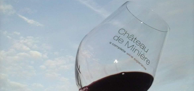 Wine glass Chateau de Miniere, France (2015-10)