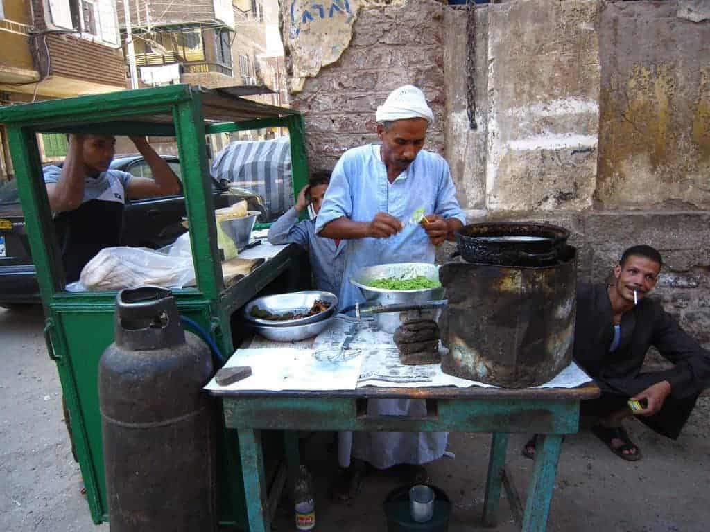 Old man making falafel snack, Luxor, Egypt (2012-07)