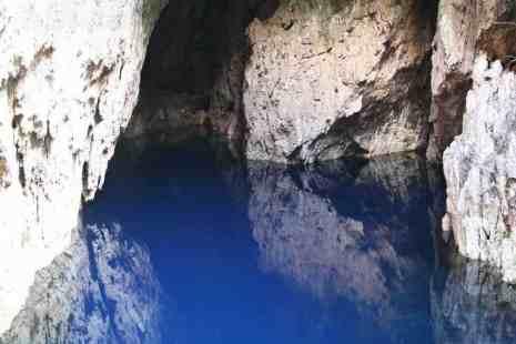 Dark blue water in Chinhoyi Caves National Park, Zimbabwe (2012-04)
