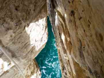 Grotto with turquoise water, Rosh Hanikra, Israel (2017-02-15)