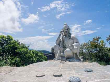 Sculpture on Monkey Peak peninsula, Da Nang, Vietnam (2017-06)