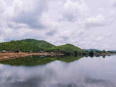 Rainy day at Secret Lake, Kampot, Cambodia (2017-04-29)