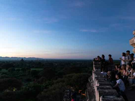 Crowds at sunrise at Shwesandaw Pagoda, Bagan, Myanmar (2017-09)