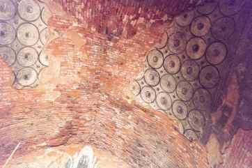 Tha Gyar Hit Paya ceiling painting, Bagan, Myanmar (2017-09)