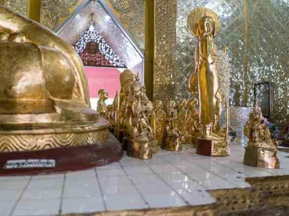 Golden Buddhas inside Sandamuni Pagoda, Mandalay, Myanmar (2017-09)