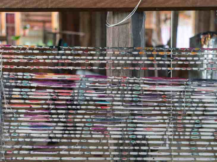Inle Lake boat tour: Painted silk for weaving, Myanmar (2017-10)