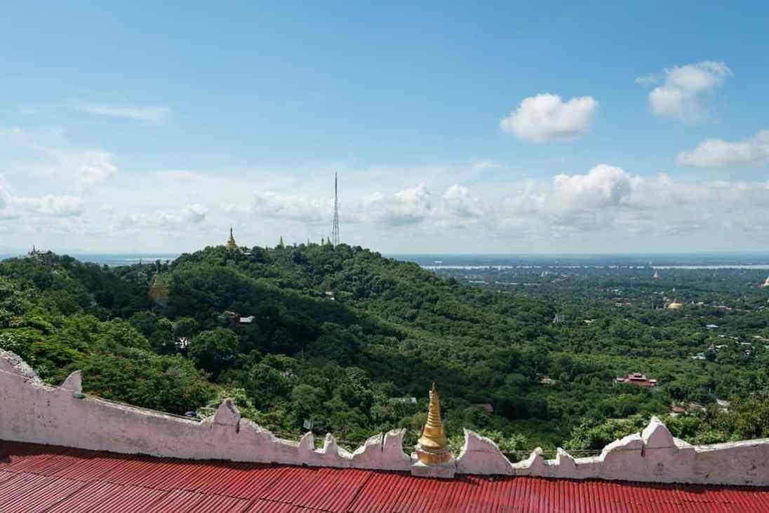 View from Umin Thounzeh Paya along Sagaing Hill, Sagaing, Mandalay, Myanmar (2017-09)