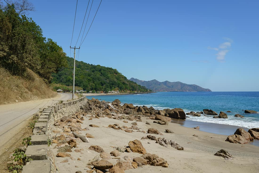 Road along the Northern coast, East Timor