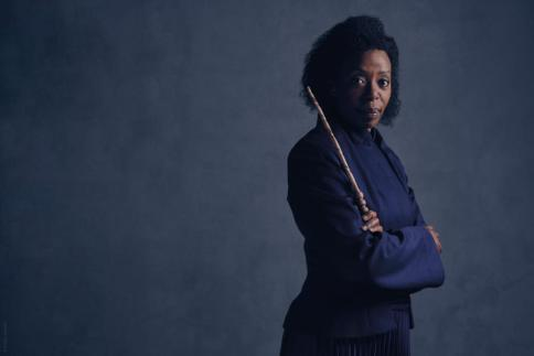 harry-potter-cursed-child-hermione-granger-weasley