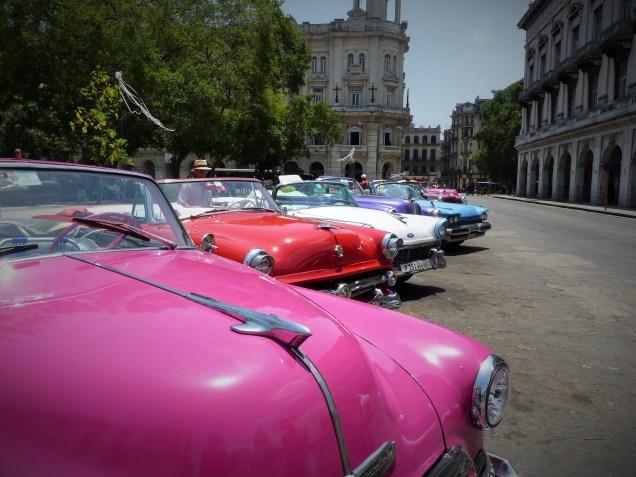 Cuba's Classic Cars - Yank Tanks