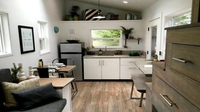 How to create interior design ideas for small house ...