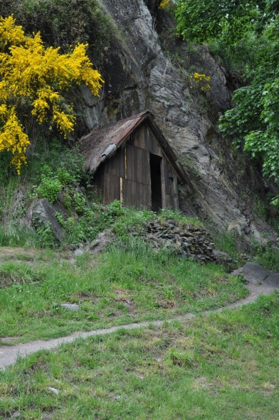 Arrowtown chinese miners accommodation