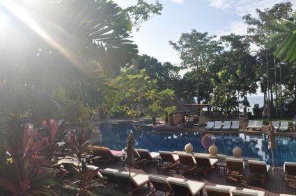 Crown Lanta Resort & Spa pool