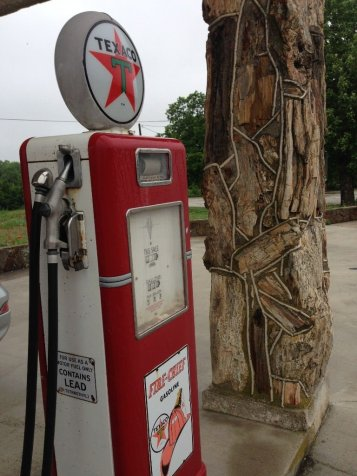 decatur petrified wood gas station
