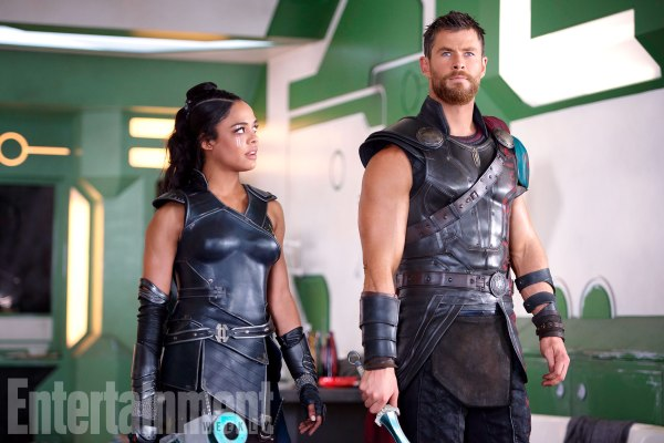 Thor: Ragnarok stills courtesy of Entertainment Weekly