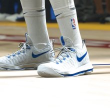 Nike shoes in NBA2K18 (2K Games)