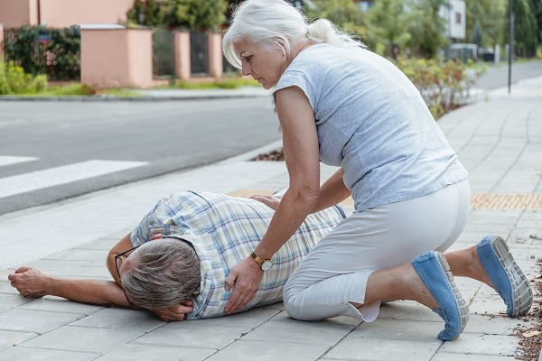 What To Do When Someone Has Fainted