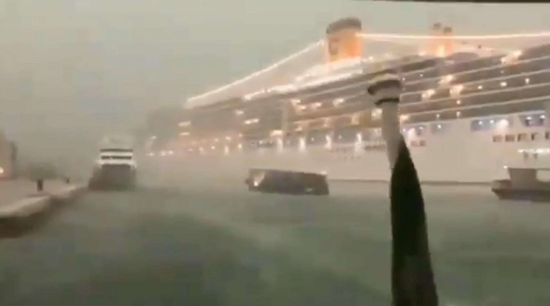 Otro crucero en Venecia pierde el control durante maniobra