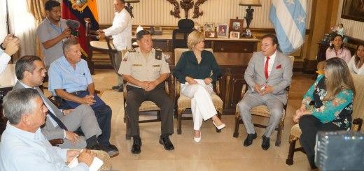 Encuentro histórico entre las autoridades del Gobierno Central y la Alcaldía de Guayaquil para definir líneas estratégicas conjuntas que permitan a la urbe más grande del país ser también la más segura.