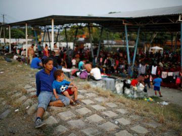 México suspendió la política de otorgamiento de visas, como resultado, las detenciones de migrantes que se dirigen al norte han aumentado, según datos del gobierno/ FOTO: Reuters