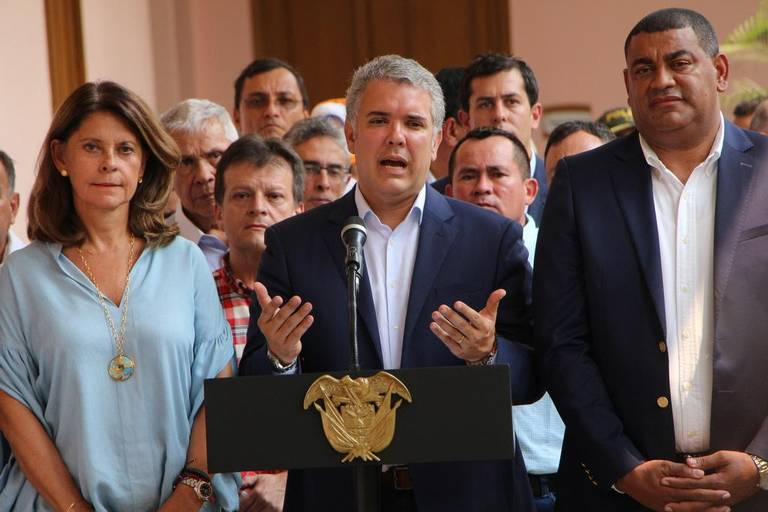 Expulsan a dos venezolanos que pretendían infiltrarse en protestas antigubernamentales en Colombia