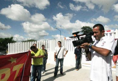 Eduardo Ruiz, camárografo de Borge, cubrió la manifestación de petistas.