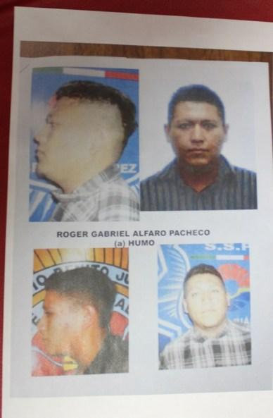 """Ficha fotográfica del sicario Roger Gabriel Alfaro Pacheco (a) """"El Humo"""", autor material de la matanza."""