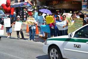 21puntaMaestros se manifestaron en Zona Hotelera (18)