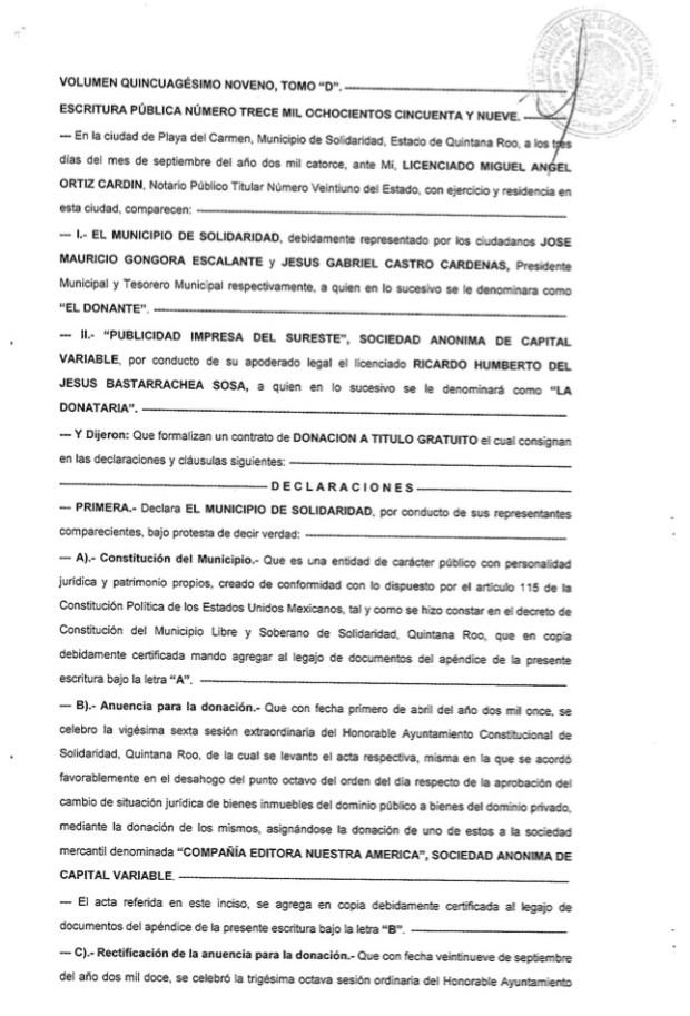 Escritura ante el notario 21 en donde Mauricio Góngora formaliza la entrega del terreno de poco más de una hectárea con valor de 25 millones de pesos al periódico Por Esto! de Quintana Roo en septiembre del 2014.