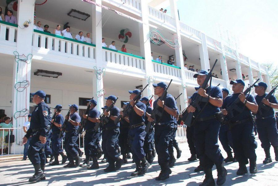 Reincorporan a sus labores a policías que protegían a ex funcionarios