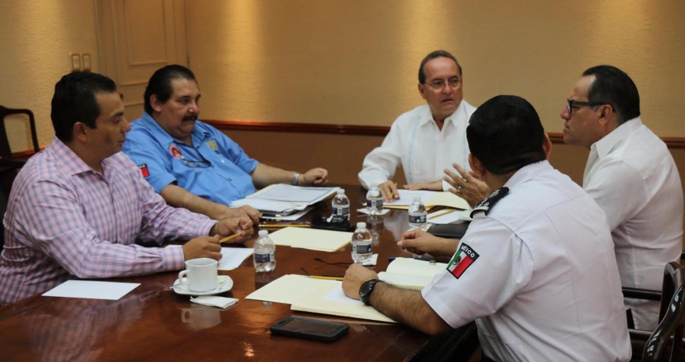 Roberto Borge aún cuenta con 44 escoltas y 12 vehículos oficiales