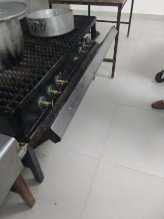 cocina en mal estado (4)
