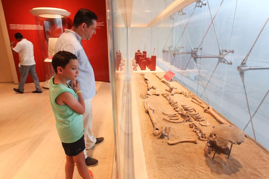 Inauguran exposiciones en el Museo Maya