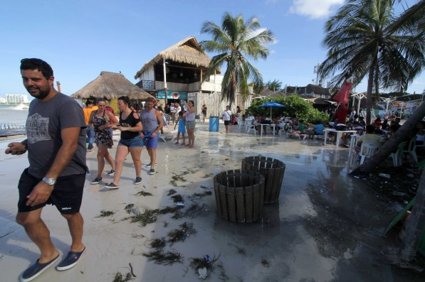 Fuerte oleaje en Playas de Cancún