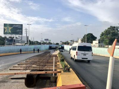 Retrasan apertura de paso a desnivel en Cancún