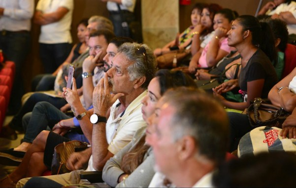 Cancún.- Con la presencia de invitados especiales se llevó a cabo la bancada verde rindió su informe en el teatro 8 de octubre de esta ciudad, en la cual destacaron los logros realizados en su primer año legislativo.