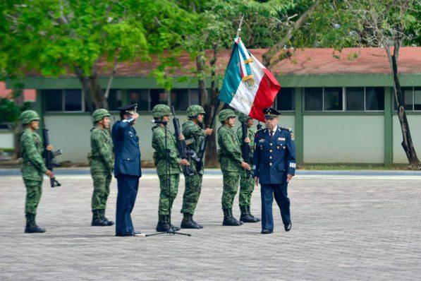 Toma de protesta en la guarnición militar