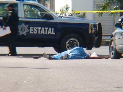 ATAQUES CONSECUTIVOS EN CANCÚN: Un muerto y dos heridos en la 234 y en la 229 por atentados de sicarios en motos