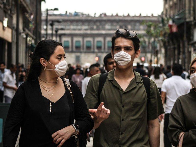 México rebasa los 300 mil casos confirmados de COVID-19… y ya viene la influenza