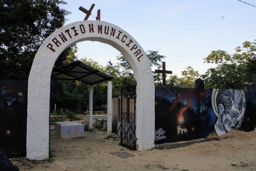 Cementerio Puerto Morelos