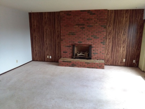 Virtual home staging, a living room before staging.