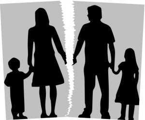 Divorcio padres aumenta riesgo trastornos salud de los hijos